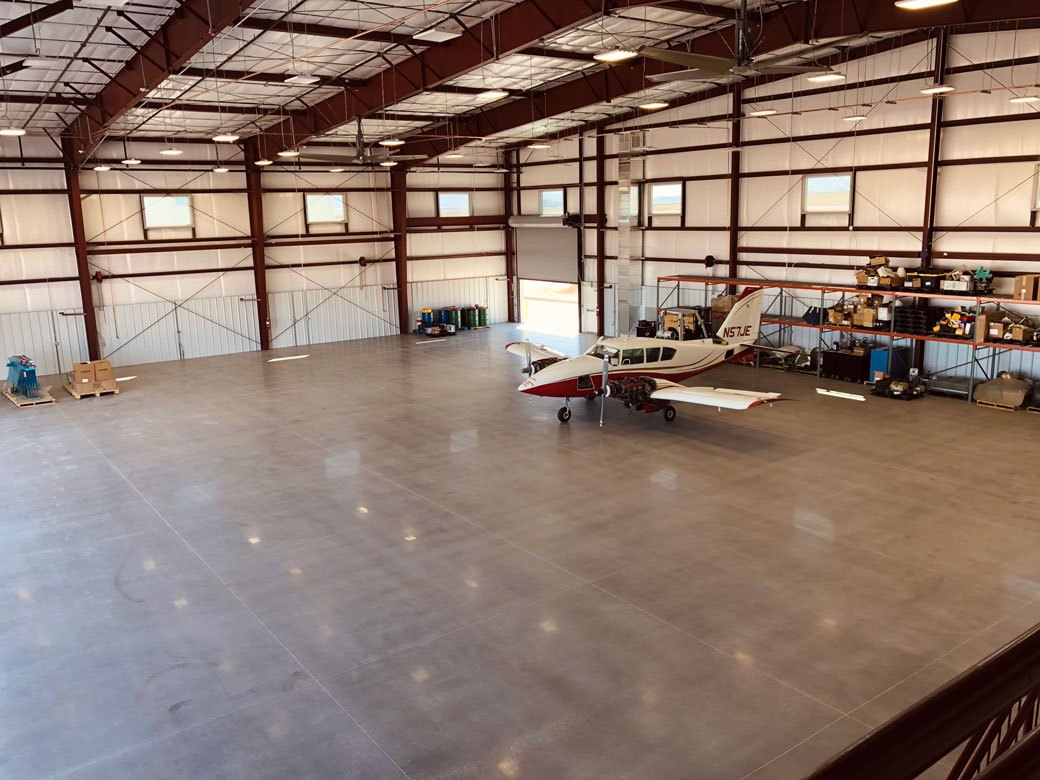 Hangar-Hangar_2