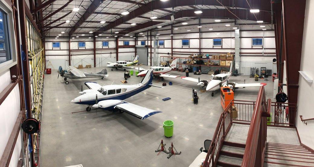 Hangar-Hangar_4