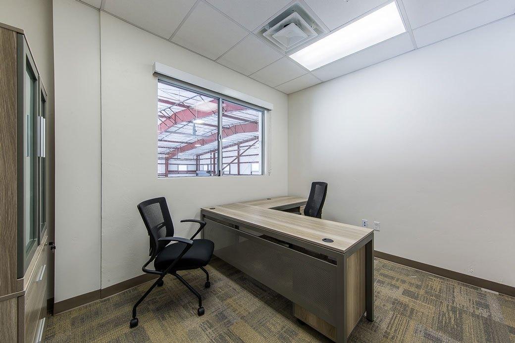 Hangar-Office_1